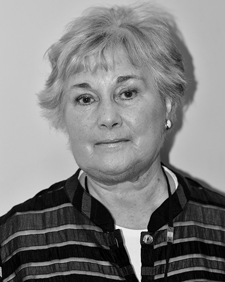 Dr Linda Steynor – Chair